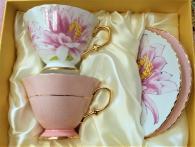 Розов комплект чаши