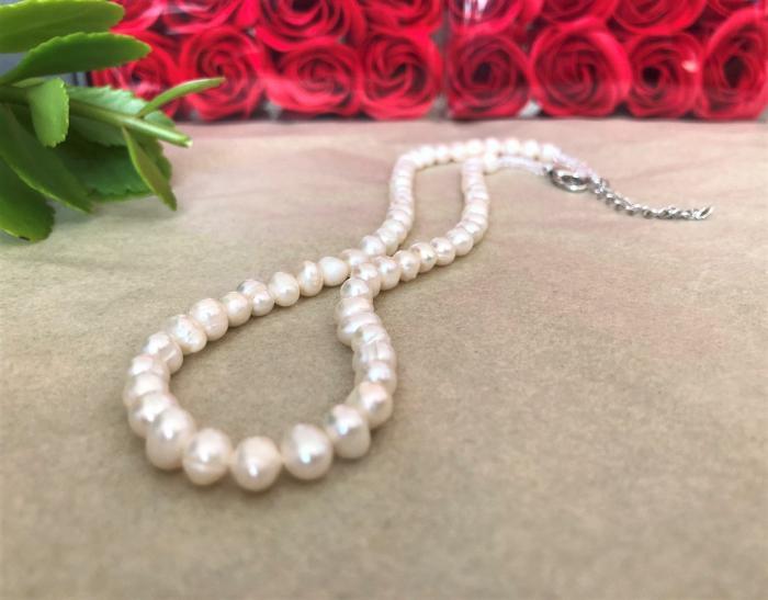 Колие класик от бели перли