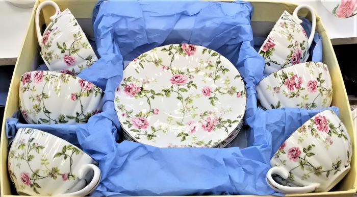 Комплект за кафе със рози