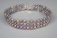 Колие от 3 реда естествени перли с ластик
