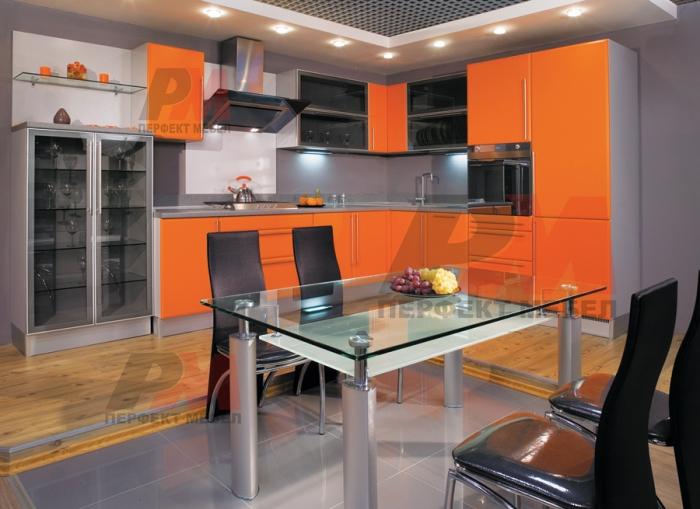 Модерна визия на кухния с обърнат плот Пловдив