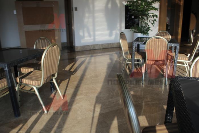 Ратанова маса за външно и вътрешно ползване