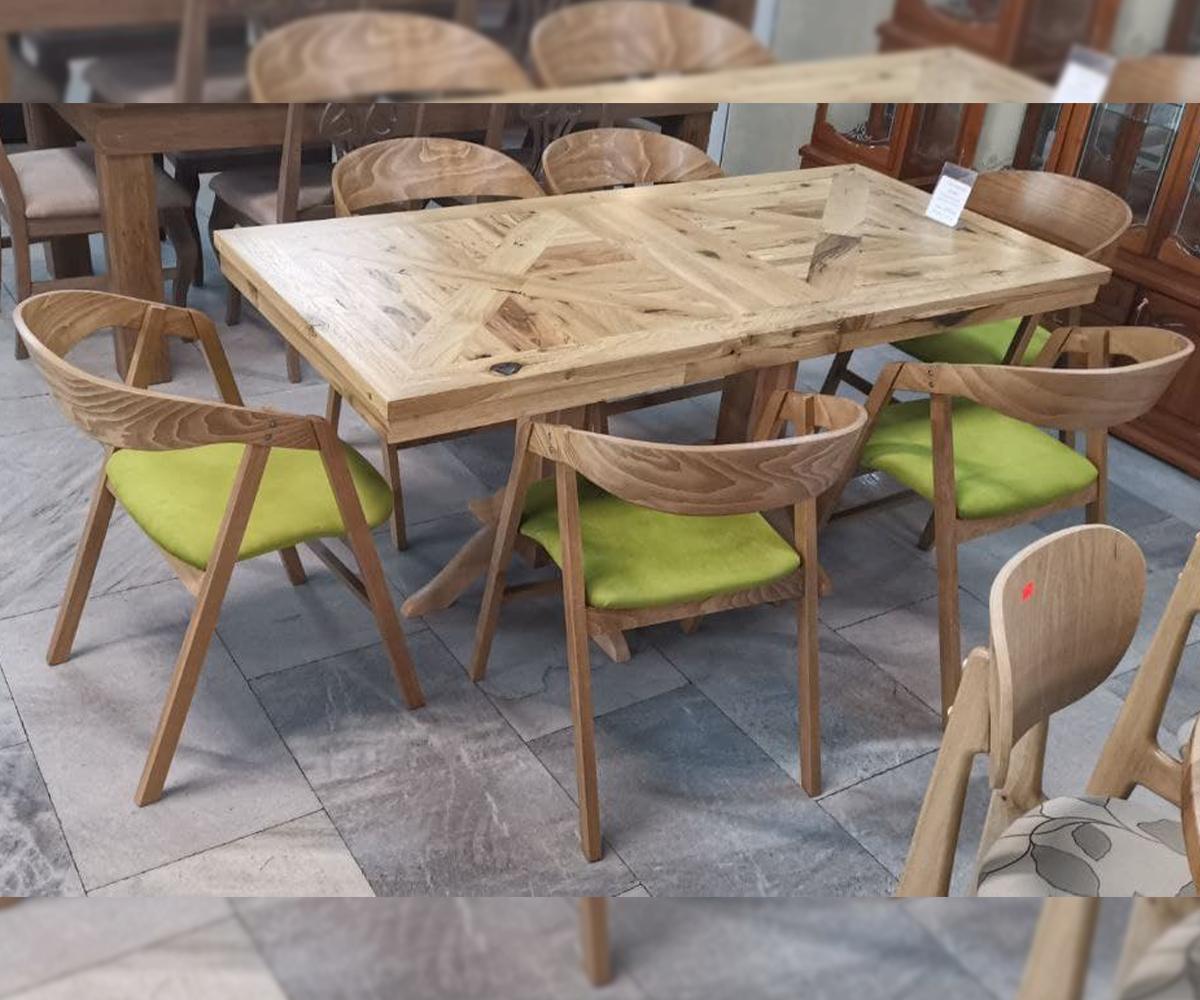 снимка на Ретро маса за трапезария