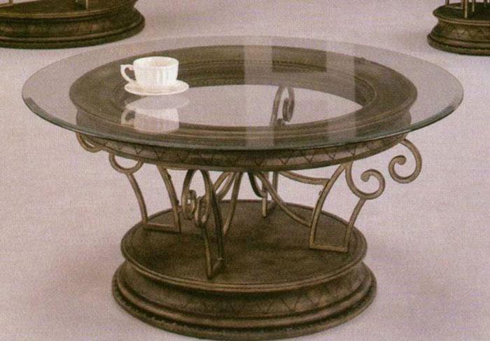 Масивна кръгла кована маса