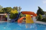 снимка на изработка на водни пързалки за басейн