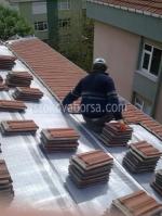 снимка на ремонтиране на покриви