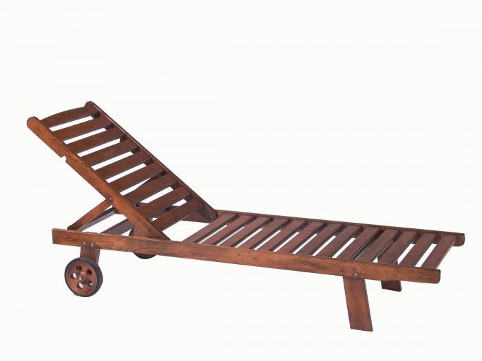 Дървен шезлонг класически с или без колела