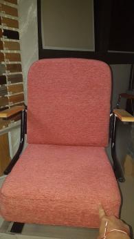 Български столове за читалища и зали