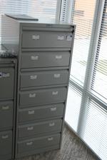 снимка на Уникални офис метални шкафове за документи Пловдив
