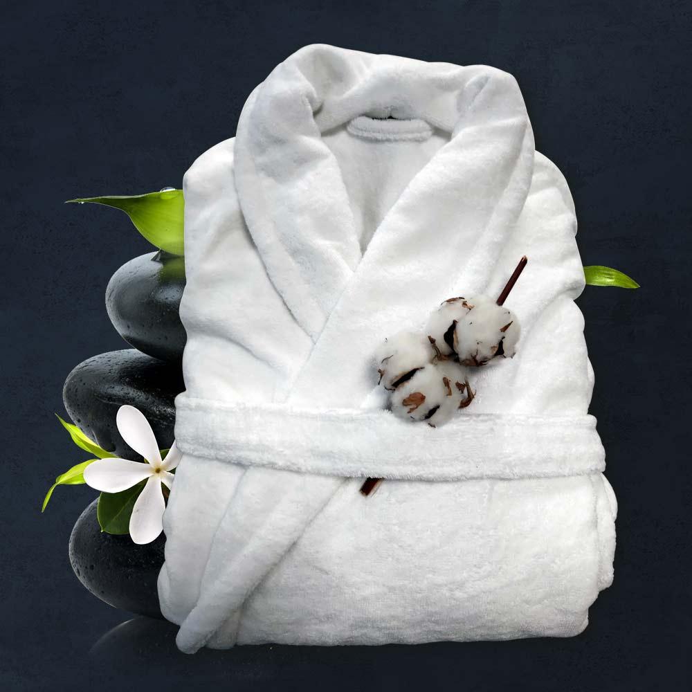 снимка на Бял халат за спа или за баня